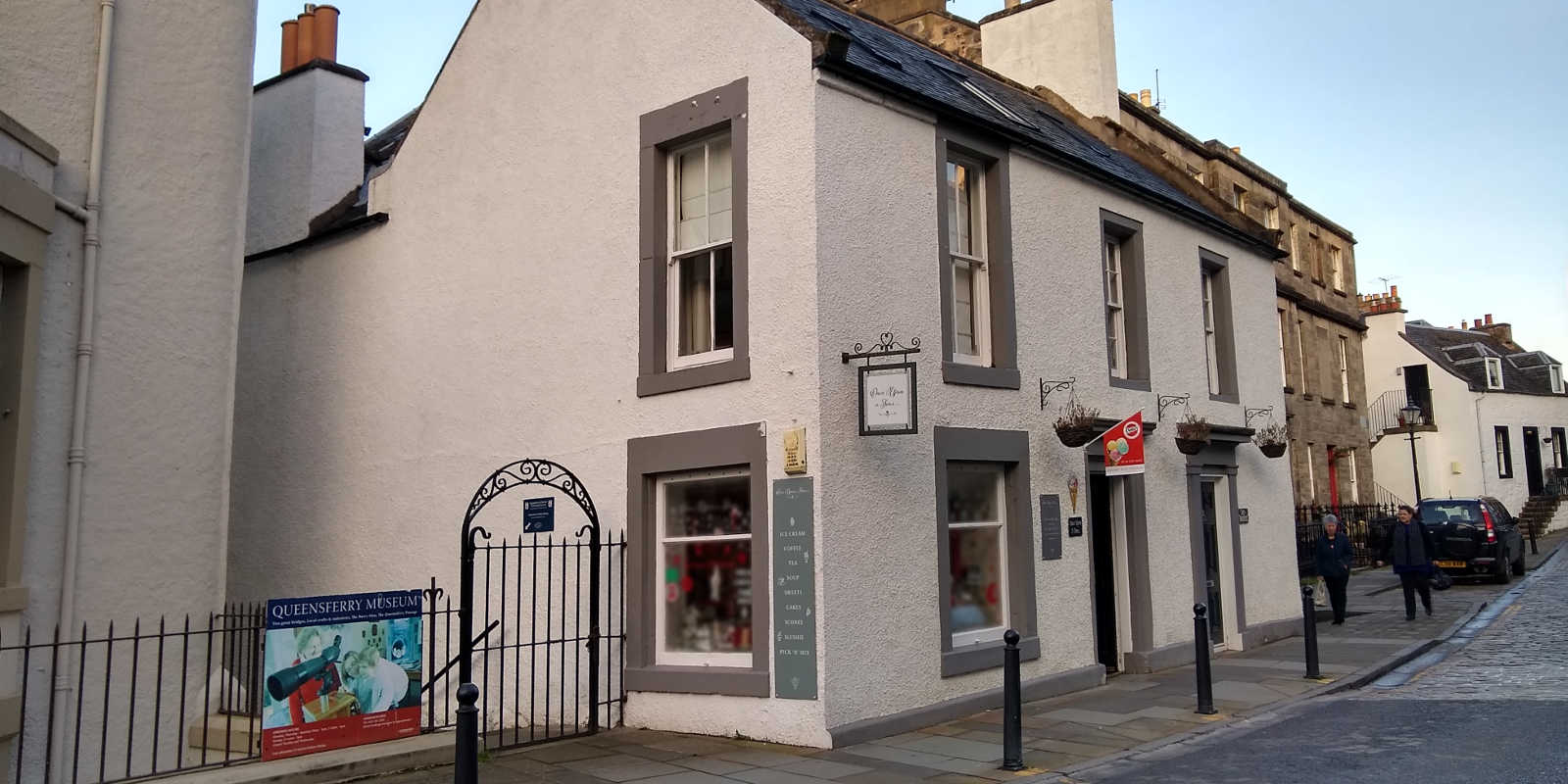 Little cafe in South Queensferry Edinburgh